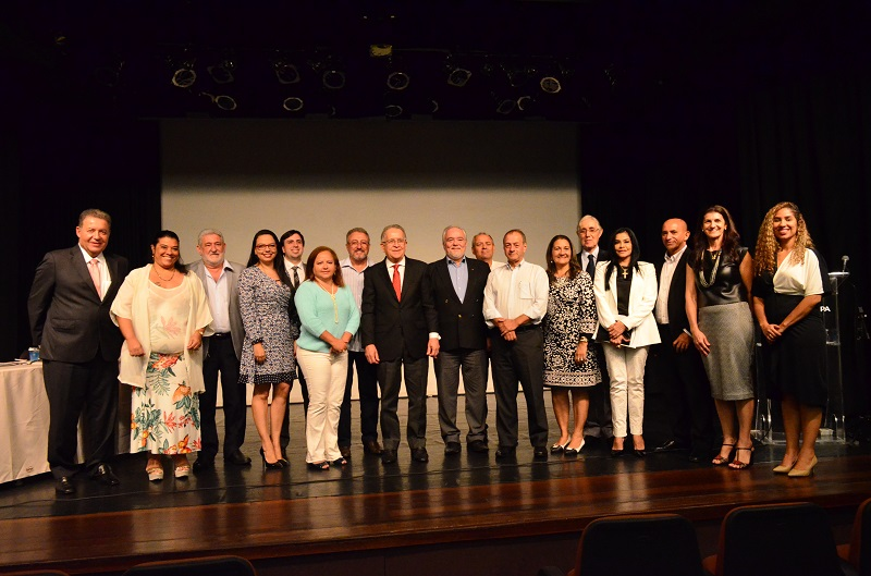 Membros do Conselho Empresarial de Turismo e Hospitalidade da Fecomércio PA tomam posse