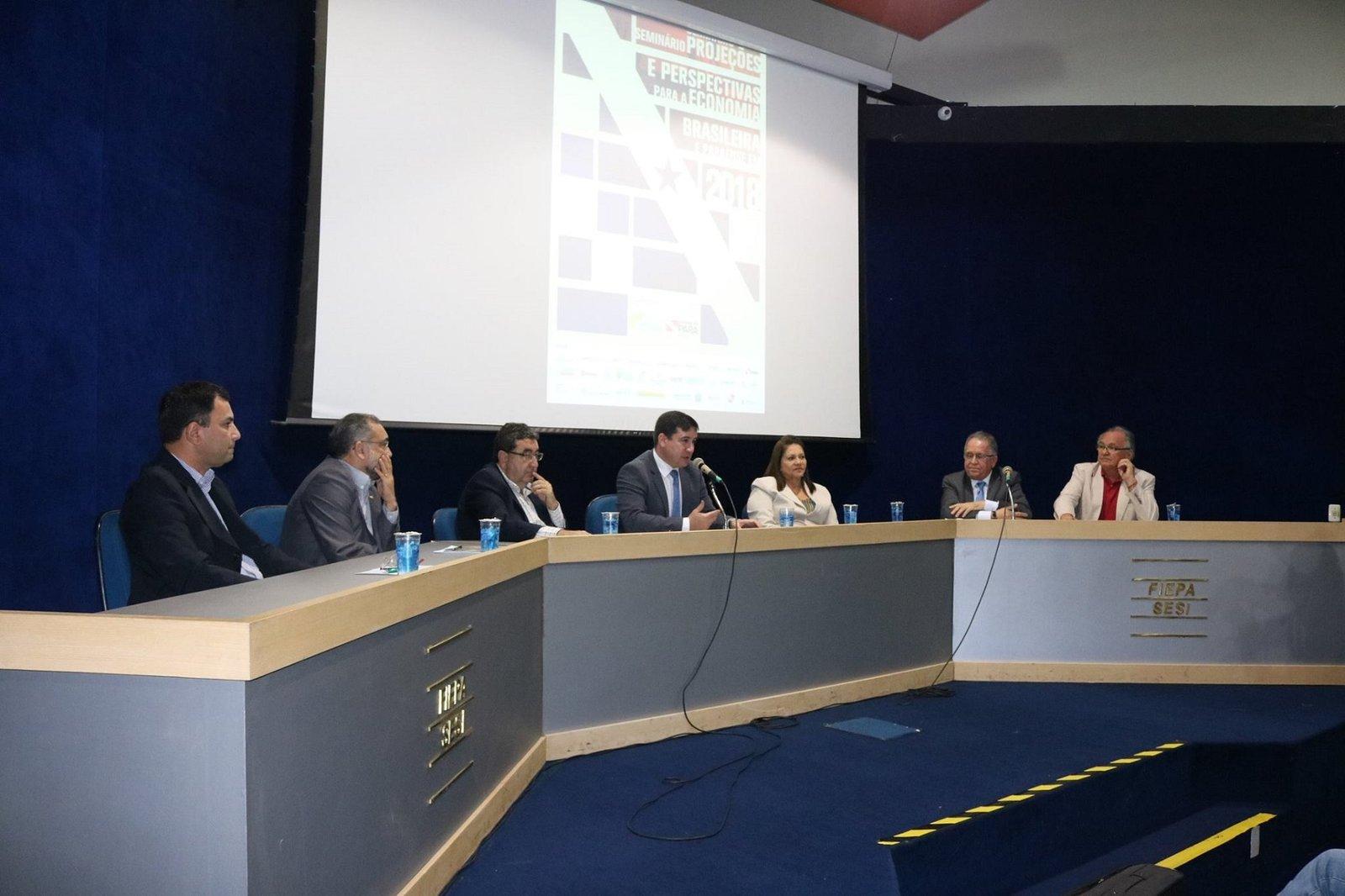 """Fecomércio-PA participa de seminário """"Projeções e Perspectivas para a Economia Brasileira e Paraense"""