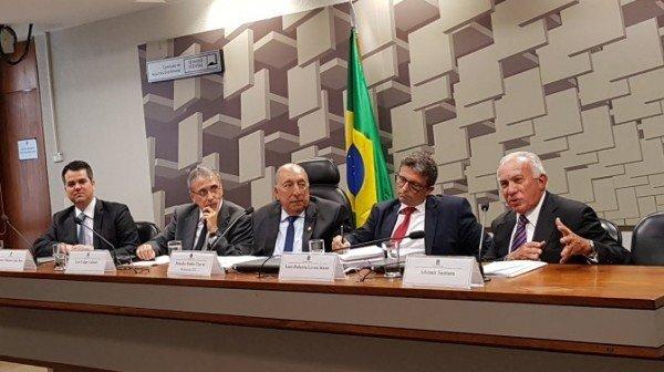 Comissão do Código Comercial debate melhoria do ambiente de negócios